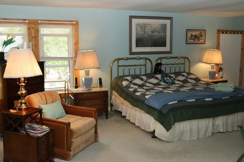 Bedrm-Moorehaven-Treetop-Suite-1-Kingps