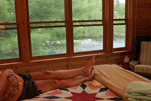 Bedrm-Woodrush-Fallsview-Suite1ps